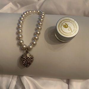 Lisa Hoffman beauty bracelet